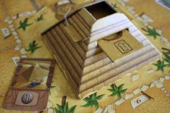 Die Würfelpyramide