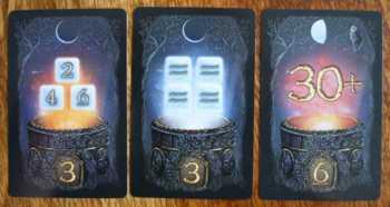 Drei verschiedene Zauberkarten.