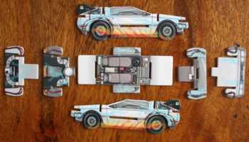 Vorderseite der DeLorean-Bauteile.