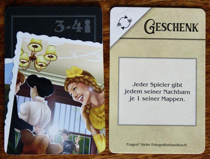 Der Spieler deckt die oberste Tauschkarte auf.