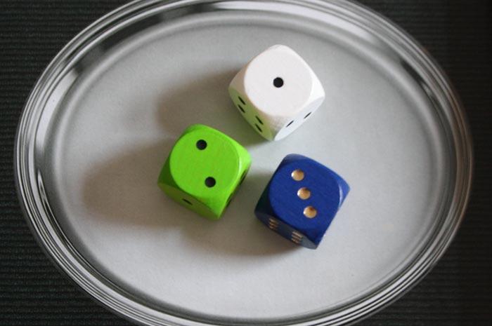Die Würfel für die passiven Spieler.