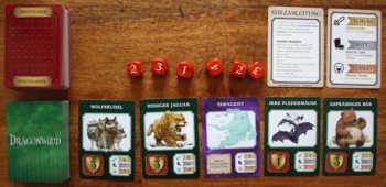 Spielaufbau von Dragonwood.
