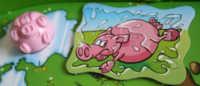 Rennschwein in der Wasserpfütze.
