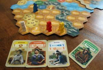 Spieler blau zieht drei Felder weiter.