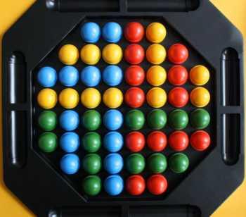 Focus-Spielaufbau bei 4 Spielern.