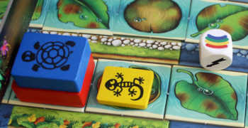 Der Regenbogen ist der Farbjoker in Go Gecko Go.