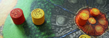 Drei Lava-Chips und zwei Statuen liegen in dem Inselbereich.