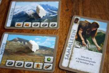 Mit der Sammlerin Stammesmitglieder in die Wildnis schicken.