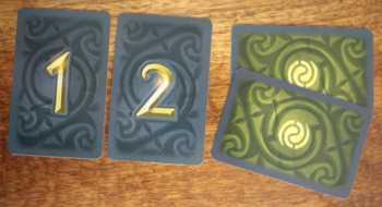 1 oder 2 eigene Karten abgeben