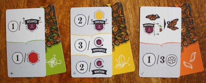 Drei Jahreszeitenkarten aus Mariposas - eine pro Jahreszeit.