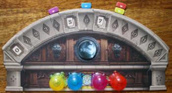 Die Spieler beenden Phase 1 von Mysterium - die Suche geht weiter.