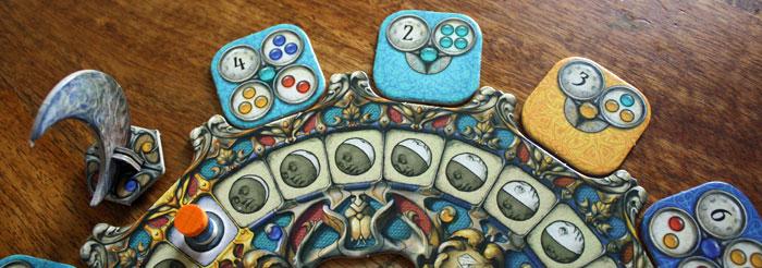 Der Spieler hat immer drei Aufträge zur Auswahl.