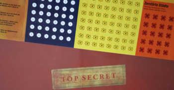 Dossiers und Sticker, Sticker, Sticker.