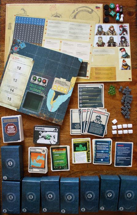 Spielzubehör von Pandemic Legacy Season 2.