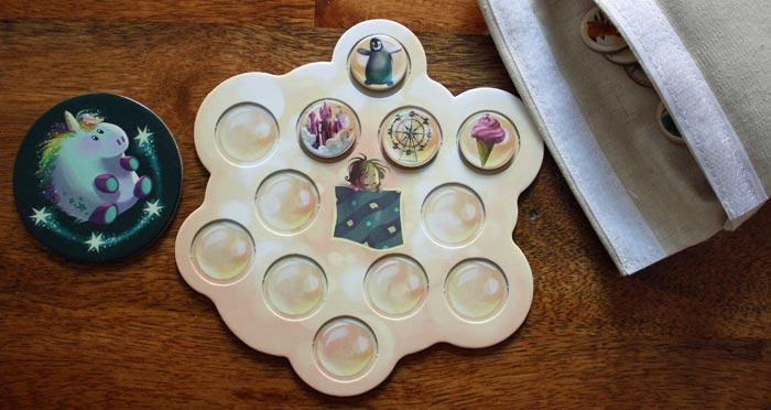 Der Spieler erhält zur Belohnung neue Traum-Plättchen für sein Wolkenbett.