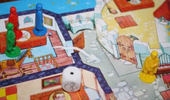 Die Spielfigur wandert einen Raum weiter.